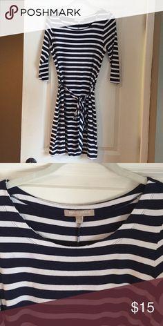 Banana Republic Striped Dress Navy/white striped, cotton, three-quarter sleeves, scoop neck, ties at waist, machine wash, hits above knee. Banana Republic Dresses