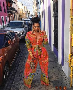 Latest Ankara Styles for wedding: Check out 55 Beautiful And Stylish Ankara Styles For Wedding Chic Outfits, Summer Outfits, Fashion Outfits, Womens Fashion, Fashion Tips, Black Girl Fashion, Look Fashion, 70s Fashion, French Fashion