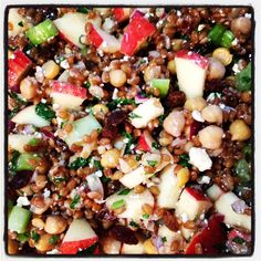 Wheat Berry Salad with Apples, Walnuts and Feta #healthy #lunch #dinner #vegetarian