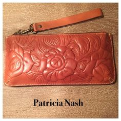 "Patricia Nash Wristlet Patricia Nash Wristlet perfect for the in the go girl , 6 credit card slots , and a inside zipper compartment , it's in really nice condition , measures 10"" across , 4.5"" high No Trades Patricia Nash  Bags Clutches & Wristlets"