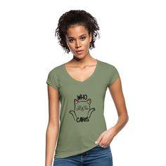 Geschenke Shop   Cat Who Cares - Frauen Vintage T-Shirt Vintage T Shirts, Vintage Denim, T Shirt Marseille, Fashion Online Shop, Shirt Diy, Shirt Designs, T Shirt Sport, Mama Shirt, Shirt Sale