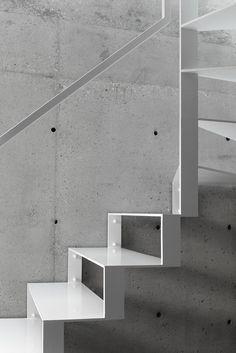 Wohnhaus in Lubliniec / Kontrast im Chaos - Architektur und Architekten - News / Meldungen / Nachrichten - BauNetz.de