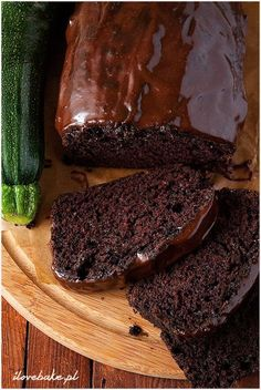 ciasto z cukinii Easy Cake Recipes, Sweets Recipes, Cookie Recipes, Eat Happy, How Sweet Eats, Sweet And Salty, Light Recipes, I Love Food, Chocolate