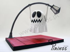 The Naughty Ghost - Cake by Pirikos, Cake Design Anti Gravity Cake, Gravity Defying Cake, Ghost Cake, Cake Structure, Cake Pops, Funny Birthday Cakes, Cake Shapes, Sculpted Cakes, Cake Wrecks