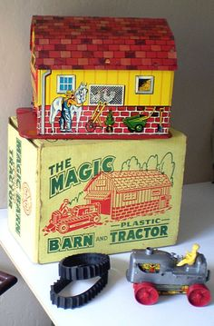 "Vintage Marx Tin Litho ""Magic Barn"" & Tractor In Original Box"