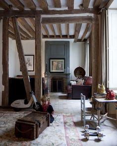 Quartier Saint Michel à Paris ! Chez Delphine Delafon.  The Socialite Family