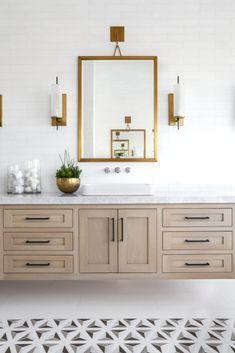 Interior Design Ideas: Modern Coastal Shingle Home - Home Bunch Interior Design Ideas Bathroom Layout, Bathroom Cabinets, Bathroom Sets, Bathroom Interior Design, Home Interior, Modern Interior Design, Small Bathroom, Bathroom Vanities, Bathroom Designs
