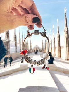 Where do you wear your #pandora bracelet? Source || Pinterest #jewelry #travel #beauty