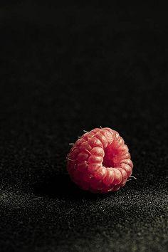 Raspberry by Sarka Babicka Photography  meia.dúzia ® - Portuguese Flavours…