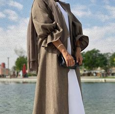Modest Fashion Hijab, Modern Hijab Fashion, Hijab Fashion Inspiration, Inspiration Mode, Abaya Fashion, Muslim Fashion, Fashion Black, Mode Ootd, Mode Hijab