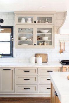 Kitchen Cabinet Interior, Refacing Kitchen Cabinets, Home Decor Kitchen, Kitchen Furniture, New Kitchen, Kitchen Design, Beige Kitchen Cabinets, Armoire In Kitchen, Kitchen Black