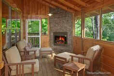 A luxury cabin in Gatlinburg, Four Seasons is one of the best values in Elk Springs Resort. Enjoy the screened in porch and outdoor fireplace in this 3 story pet friendly cabin. Sas Entree, Four Seasons Room, Three Season Porch, Pet Friendly Cabins, Three Season Room, Porch Fireplace, Fireplace Ideas, Building A Porch, Enclosed Patio