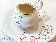 2013 sera l'année de la Muse ! C'est ma nouvelle collection que je vous présentepour cette rentrée. Les pièces sont décorées à la... Cupping Set, Hand Painted, Painted Porcelain, Dinnerware, Tea Pots, Decoupage, Tableware, 2013, Dresden