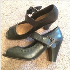 Spotted while shopping on Poshmark: Classic Black Wide Shoes! #poshmark #fashion #shopping #style #Nicole  #Shoes