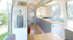 Lo que comenzó solo como un hobby, ha crecido hasta convertirse en un negocio en auge que genera alta eficiencia, vida móvil y espacios de trabajo. Vamos a ver ahora estas Tradewind Airstream 1978,...