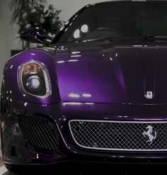 ❤ ...oh there's my purple car!