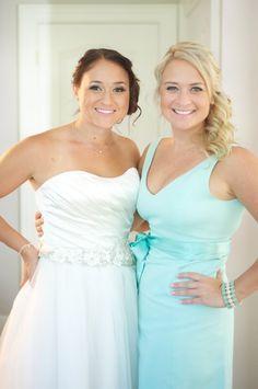 love the bridesmaid dress color Tiffany Blue Bridesmaid Dresses, Tiffany Blue Weddings, Tiffany Wedding, Bridesmaid Dress Colors, Our Wedding Day, Dream Wedding, Wedding Dreams, Wedding Stuff, Industrial Wedding