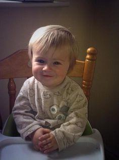 Theo is so adorable :) he looks like nialll!!