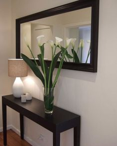 Amazing Modern Mirror Ideas For Your Home Deco. - Amazing Modern Mirror Ideas For Your Home Deco. Home Living Room, Living Room Designs, Living Room Decor, Bedroom Decor, Living Room Ideas, Decor Room, Apartment Living, Entrance Decor, Entryway Decor