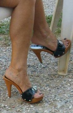 Sexy Legs And Heels, Sexy High Heels, High Heels Stilettos, Gorgeous Heels, Cute Heels, Mules Shoes, Heeled Mules, Wooden Sandals, Stiletto Boots