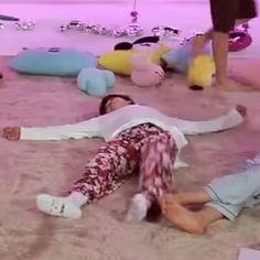 Seokjin, Hoseok, Namjoon, Taehyung, Jimin Jungkook, Bts Jin, Wallpaper Iphone Cute, Bts Wallpaper, Kpop