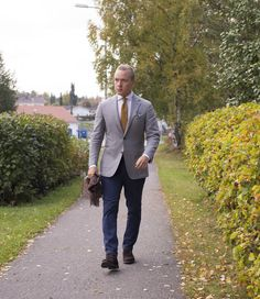 SuitSupply's Havana Fit, Wool Accessories - The Nordic Fit