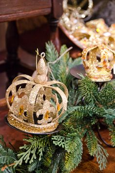 Crown Christmas Ornaments.32 Best Crown Christmas Ornaments And Decor Images Crown