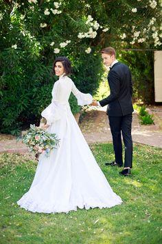romantic vintage wedding inspiration | Anna Phillips Photography on @glamourandgrace via @aislesociety