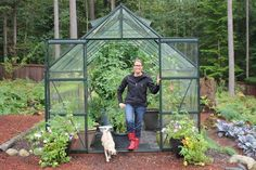 If you've been contemplating purchasing or building a greenhouse to extend your gardening season, go for it. Growing plants in a greenhouse might seem a little intimidating at first, but it's pretty much the same as caring for plants outside. Cheap Greenhouse, Build A Greenhouse, Indoor Greenhouse, Greenhouse Growing, Greenhouse Gardening, Greenhouse Ideas, Greenhouse Wedding, Homemade Greenhouse, Portable Greenhouse