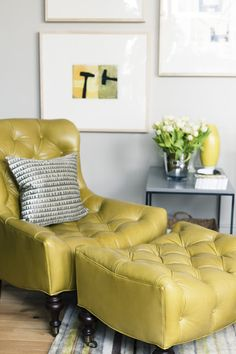 Comfy tufted chartreuse chair and ottoman. Yes Please. This is my kind of furniture Living Tv, My Living Room, Home And Living, Living Spaces, Deco Cafe, Chair And Ottoman, Tufted Chair, Take A Seat, Furniture Decor