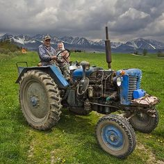 . Tractors, Travelling, Vehicles, Vehicle, Tools