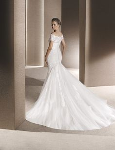 Fashionably Yours - Rosana Wedding Dress By La Sposa (http://www.fashionably-yours.com.au/rosana_wedding_dress_by_la_sposa/)