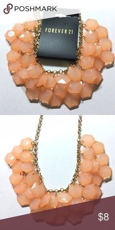 New BEAUTIFUL peach/gold statement necklace!!! Bundle more items from my closet for savings!!!! :) Forever 21 Jewelry Necklaces