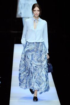 Giorgio Armani Closes Milan Fashion Week With a Clever Skirt/Pant Combo Fashion Week 2015, Milano Fashion Week, Fashion Show, Milan Fashion, Fashion Trends, Giorgio Armani, Emporio Armani, Armani Prive, Fashion Moda