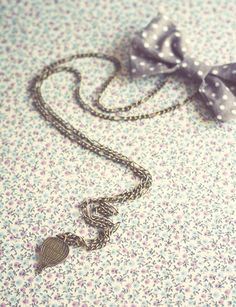 Vintage Balloon Charm and Bow pendant. by ModernismAndVintage, $15.90