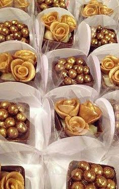 best ideas for wedding reception buffet gold Chocolate Art, Chocolate Molds, Chocolate Dipped, Cupcakes, Eid Sweets, One Tier Cake, 50th Birthday Decorations, Traditional Cakes, Food Packaging