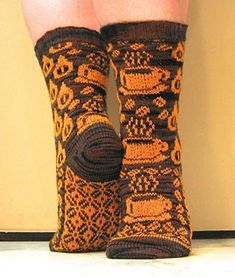 Ravelry: Gimme Coffee pattern by Karin Aida – knitting charts Intarsia Knitting, Knitting Charts, Knitting Stitches, Knitting Patterns Free, Knit Patterns, Free Knitting, Knitting Socks, Free Pattern, Yarn Projects