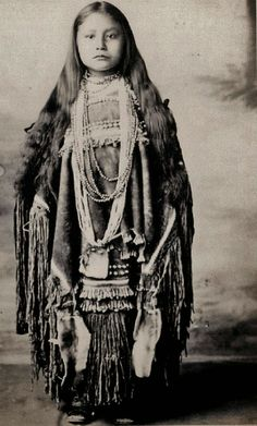 Apache Indian Girls Historic Photo Gallery.