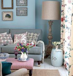 Estilo Provenzal - Colores pasteles azules muy claros son característicos del mobiliario  Textiles y Estampados, otorgando frescura y calidez a los espacios inspirados en la campiña francesa