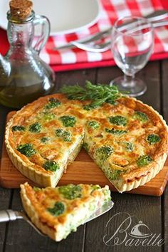 Quiche dea salmó i brocoli Quiches, Cooking Recipes, Healthy Recipes, Delicious Recipes, Salty Foods, Savoury Baking, Love Eat, How To Make Breakfast, Galette