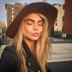 Cara Delevingne is Reportedly the New Face of Topshop
