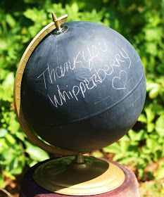 Bet'cha never saw this one coming - cover a globe with chalkboard paint for an interesting and unique message board! Globe Projects, Diy Projects, Chalk Crafts, Painted Globe, Home Crafts, Diy Crafts, Nerd Room, Chalkboard Paint, Chalkboard Fonts