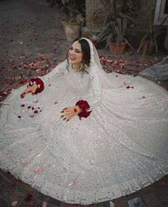 This beautiful nikkah bride chooses for her big day. Looking gorgeous in an elegant ivory look with… Pakistani Wedding Outfits, Pakistani Bridal Dresses, Pakistani Wedding Dresses, Bridal Outfits, Bridal Lehenga, Bridal Gown, Nikkah Dress, Shadi Dresses, Eid Dresses