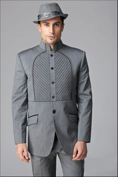 Fancy Designer Suite #Designersuits  www.manawat.in