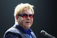 Elton John touché par une infection bactérienne mortelle