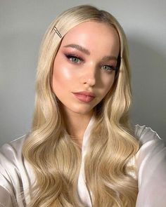 Dove Cameron, Cameron Hair, Pink Eye Makeup, Glam Makeup, Hair Makeup, Makeup Eyes, Eyeshadow Makeup, Make Up Looks, Valentine's Day Hairstyles