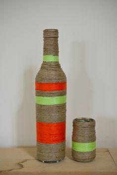 Vaasjes van touw / rope vases Vases, Bottle, Crafts, Diy, Home Decor, Glass Jars, Bottles, Manualidades, Decoration Home