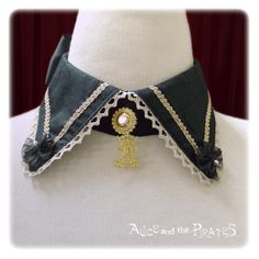 Alice and the Pirates Singing star moonlit night circus girl choker