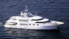 Sterling Yacht under way.  http://largeyachtforsale.com/broker-report-sterling-yachts.html