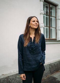 LINEN Ruffle Shirt -pellavapusero, tummansininen | PURA Finland Ruffle Shirt, Bomber Jacket, Finland, Jackets, Shirts, Fashion, Moda, Fashion Styles, Shirt